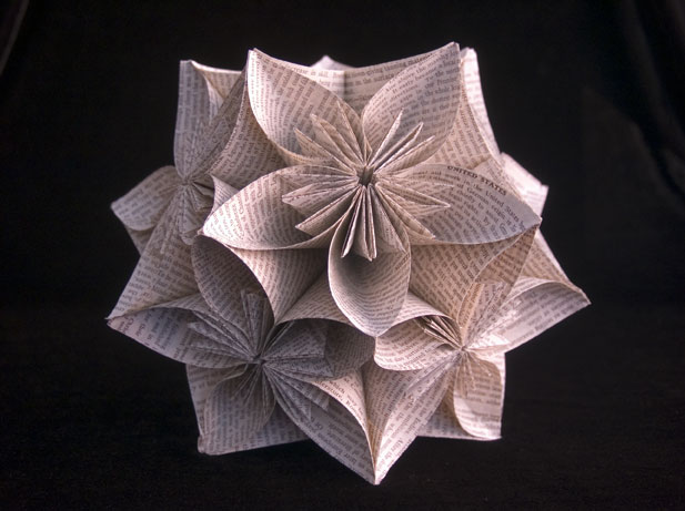 Kusudama-Ball Jo Howe Book Sculptures