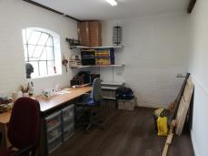 Studio - messy zone